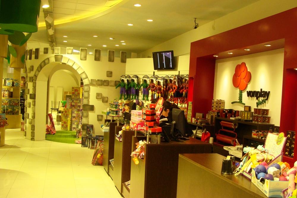 Vonplay   piacere jugueteria y caf   2012 interior2