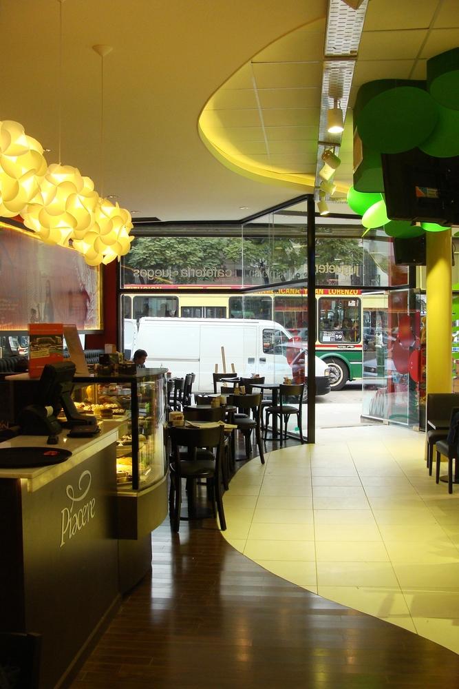 Vonplay   piacere jugueteria y caf   2012 interior1
